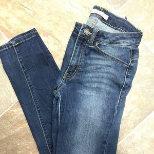 KanCan Women's Size 28 jeans